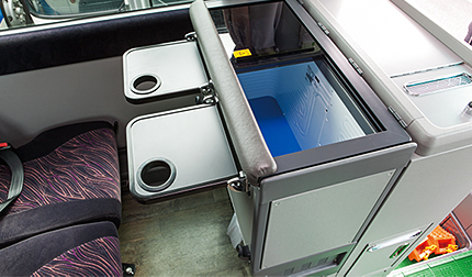 [the inside of car] bottle air conditioner